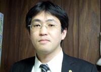 コスモス行政書士事務所 行政書士 五傳木雅先生をご紹介!!