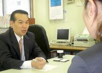 渋谷区 社労士 高山社会保険労務士事務所の高山英哲先生を取材!! 写真