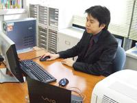 会社設立、創業支援(起業支援)に強い! 東京都中央区 「二見達彦税理士事務所」の二見先生を取材!! 写真