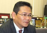 足立区 保険コンサルタント 保険情報サービス株式会社の竹中延公先生を取材!! 写真