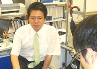 中央区 行政書士渡辺人支事務所の渡辺人支先生を取材!! 写真